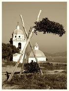 Symbol-Charakter (Baum neigt sich von Kirche ab!!!)