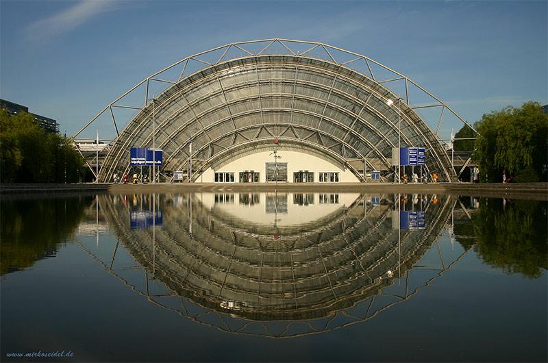 Symmetrie - Messe Leipzig