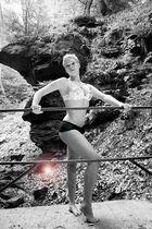 SZ Bikini Girl Bild 2011