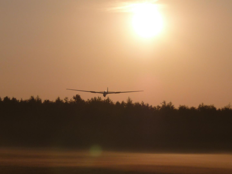 Szd 9 1-e Landung Sunrise