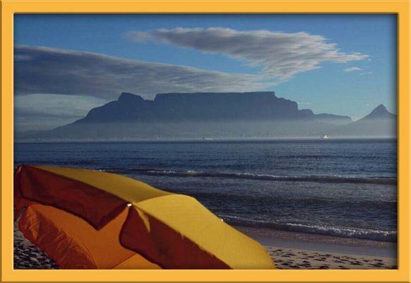... table mountain's sun umbrella ... 2004-01-07
