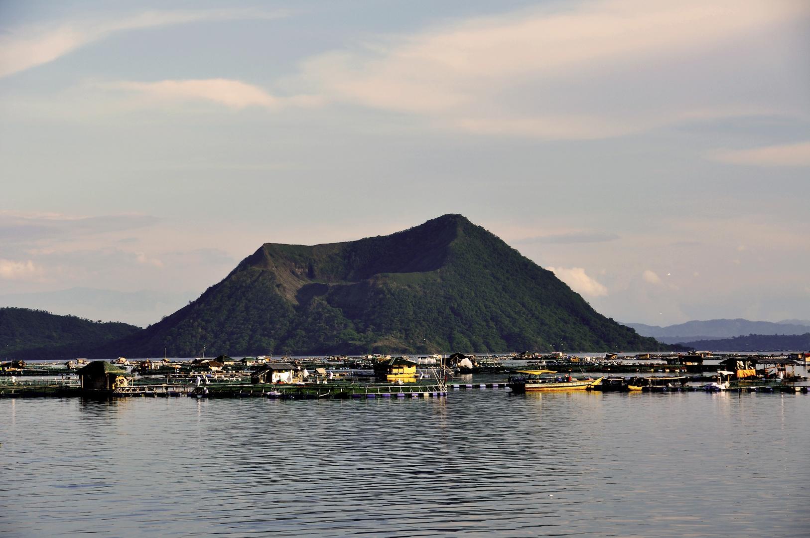 Tagaytay - Taal Vulkan