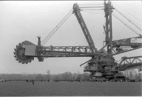 Tagebaubaggerumzug