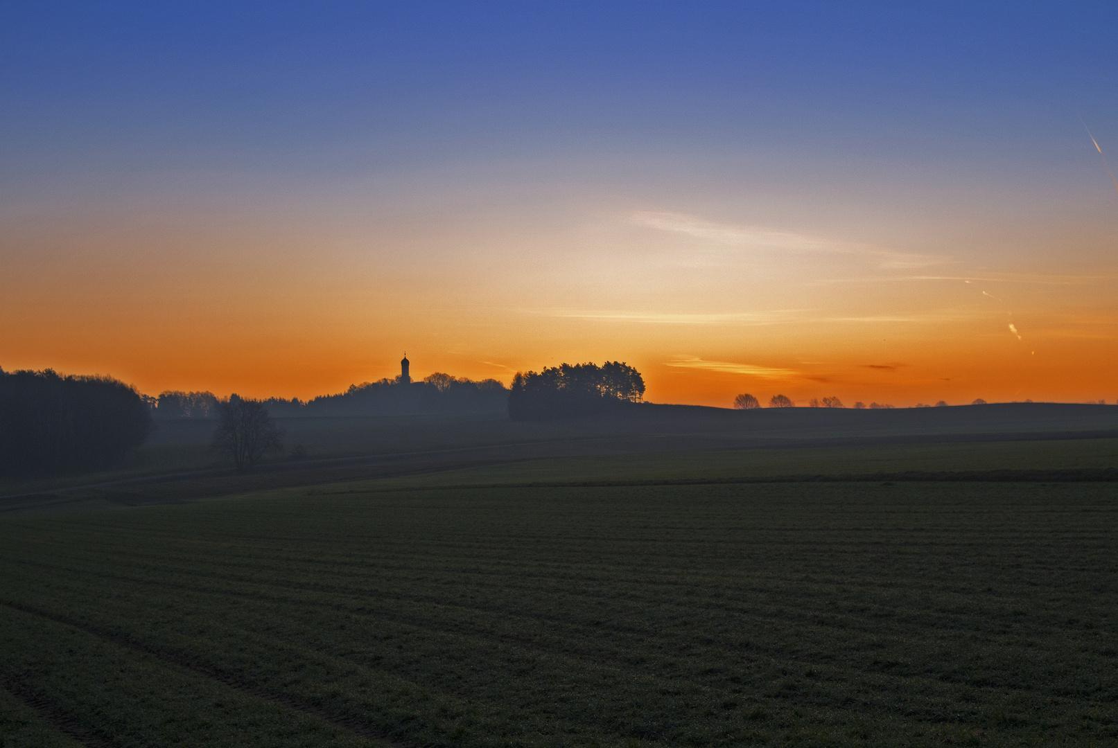 Tagesanbruch bei der Wallfahrtskirche Maria Beinberg