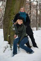 Tahnee und Jenny im Schnee
