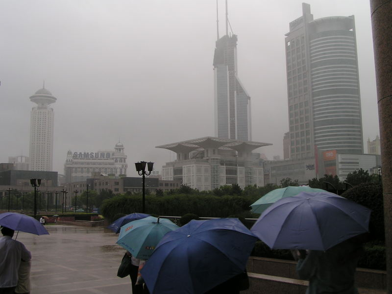 Taifun in Shanghai (6.8.05 15.37)