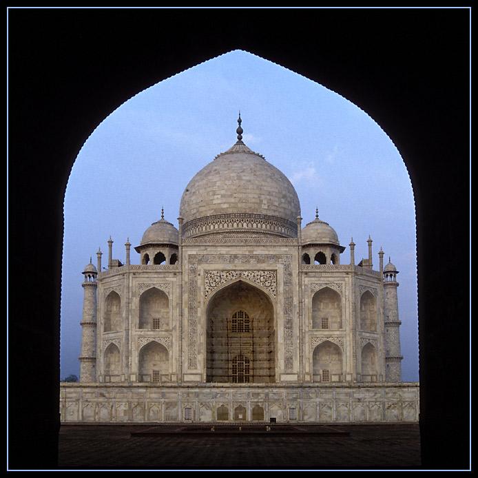 Taj Mahal von der Seite