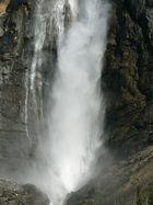 Takakkaw Waterfalls
