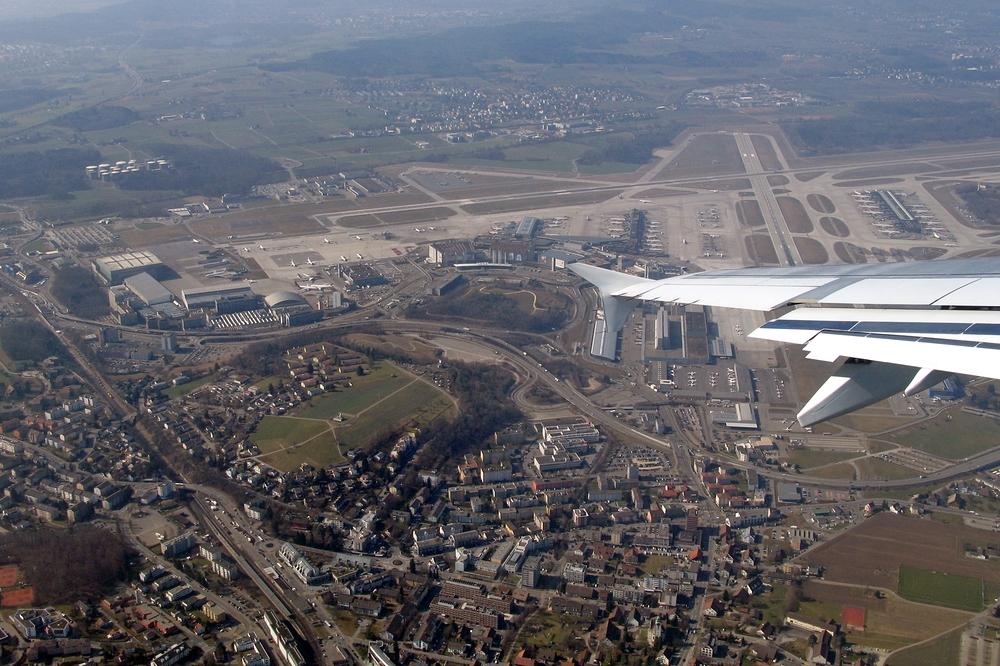Take off vom Flughafen Zürich ...