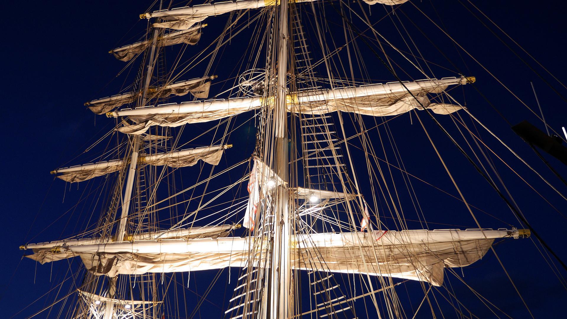 ~~~ Takelage vom Segelschiff-mercedes ~~~