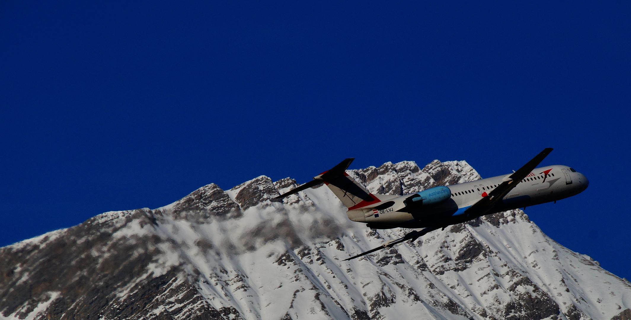Takeoff in den Bergen
