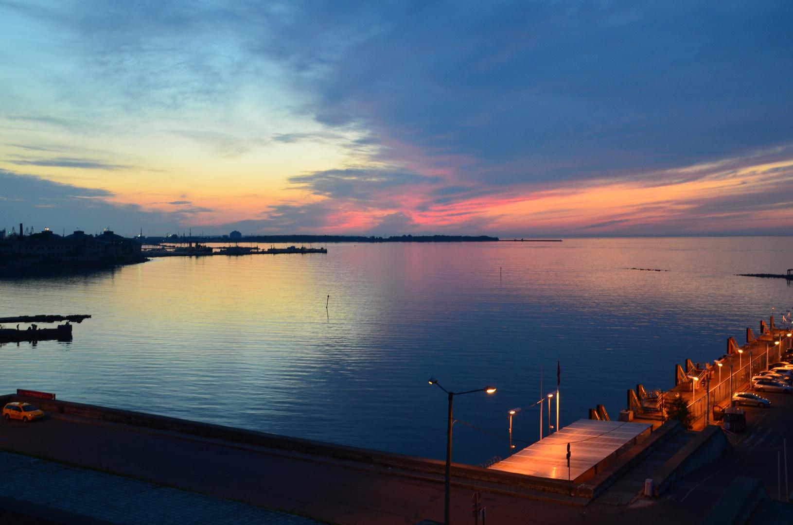 Tallinn - Sonnenuntergang über der Ostsee (Juli 2013)