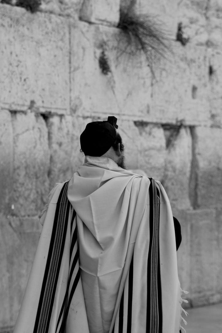TALLIT, WESTERN WALL, JERUSALEM