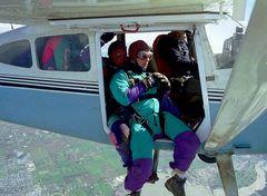 Tandem-Fallschirmsprung IV - Ausstieg