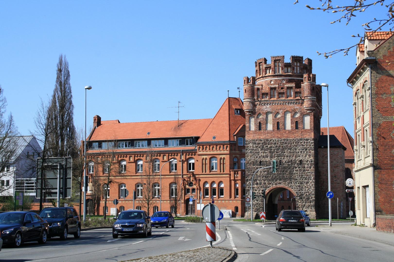 Bba Stendal tangermünder tor in stendal foto bild architektur türme