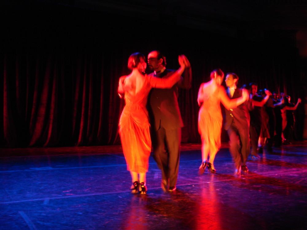 tango por ballet folklorico nacional Argentina