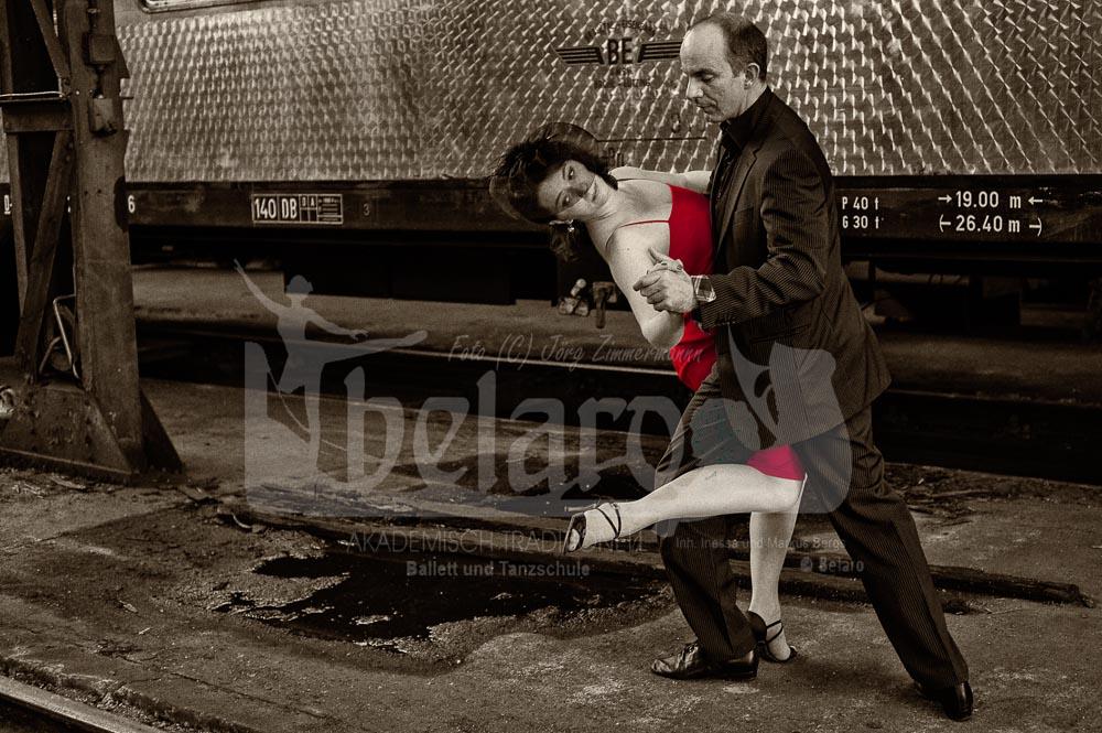 Tango @ Railway Station