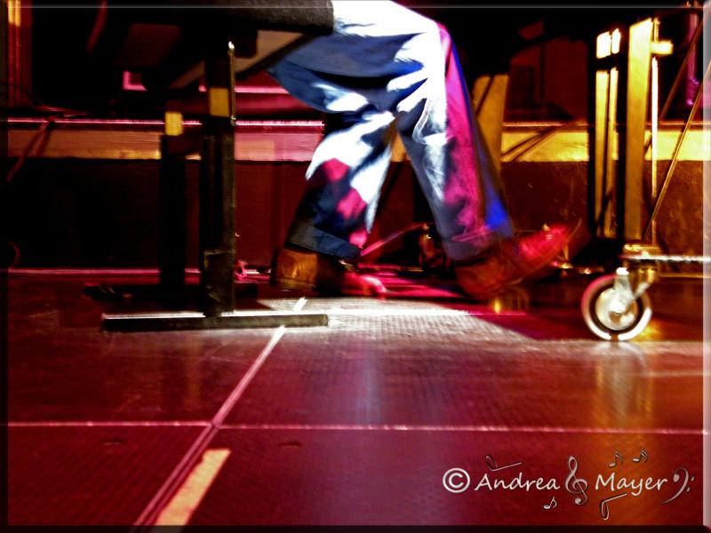 Tanita Tikaram... und ihr Song über ihre Schuhe und Freiheit ;) very strange