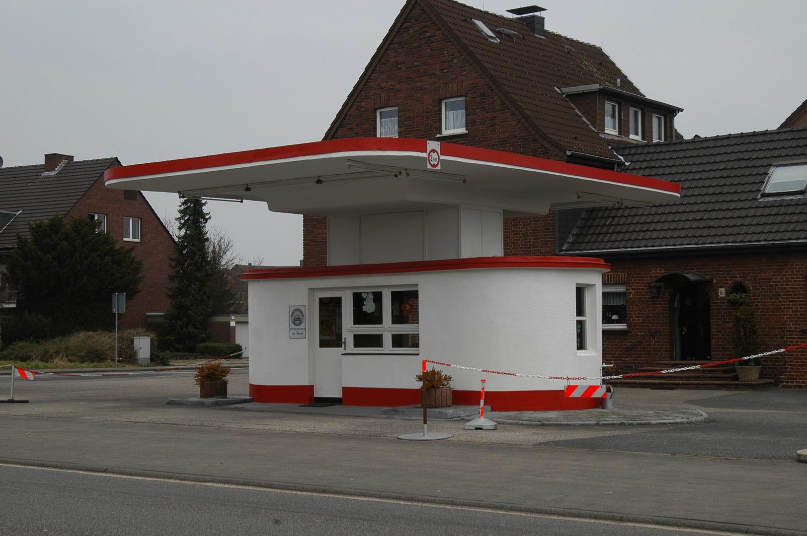 Tankstelle ( bild 54 )