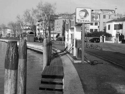 Tankstelle in Venedig