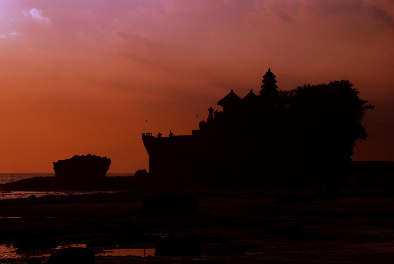 Tannah Lot Sunset