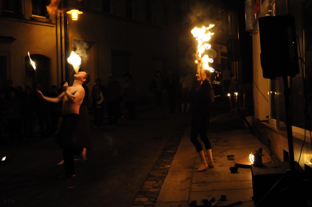 Tanz mit dem Feuer_1