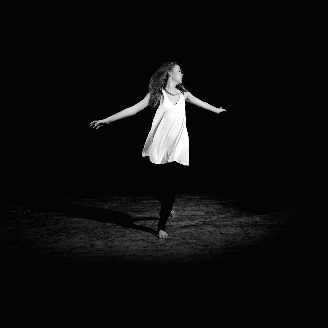Tanz - sonst nichts