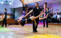 "Tanzschule Streng Fürth - Lateinformation A mit ""Cuba"" (3)"
