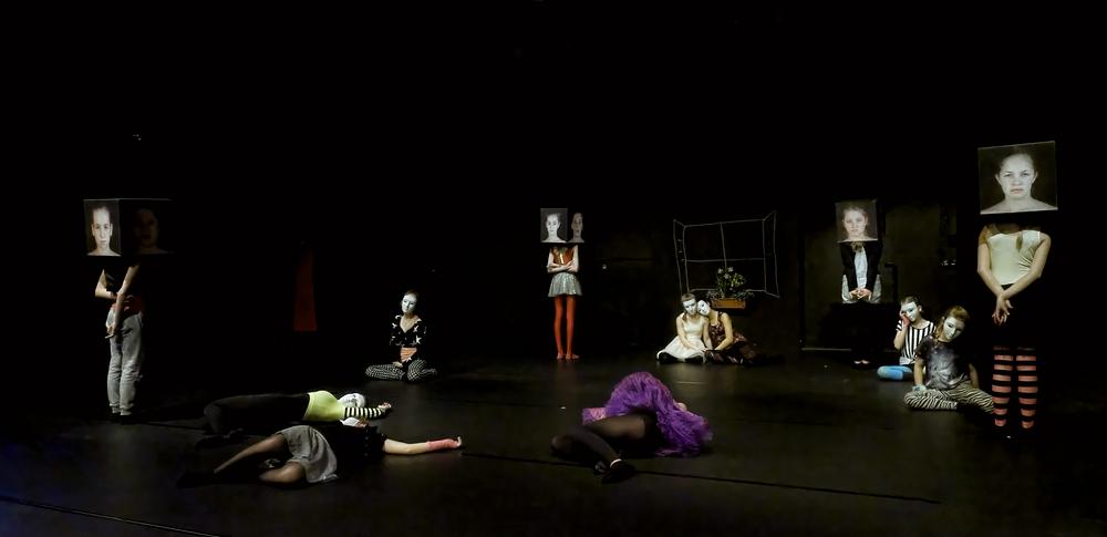 Tanztheater (2)