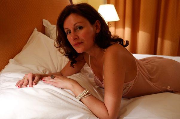 Tatiana dans la chambre d'hotel