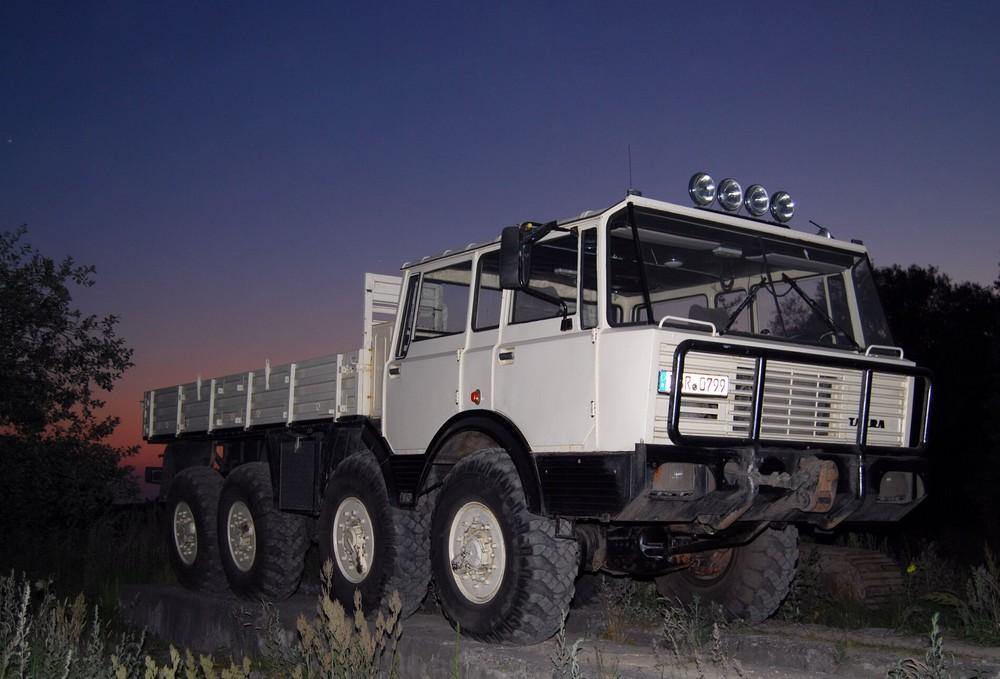 tatra 813 foto bild autos zweir der lastkraftwagen. Black Bedroom Furniture Sets. Home Design Ideas