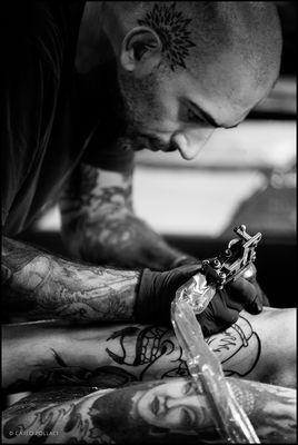 Tattoo artist at work