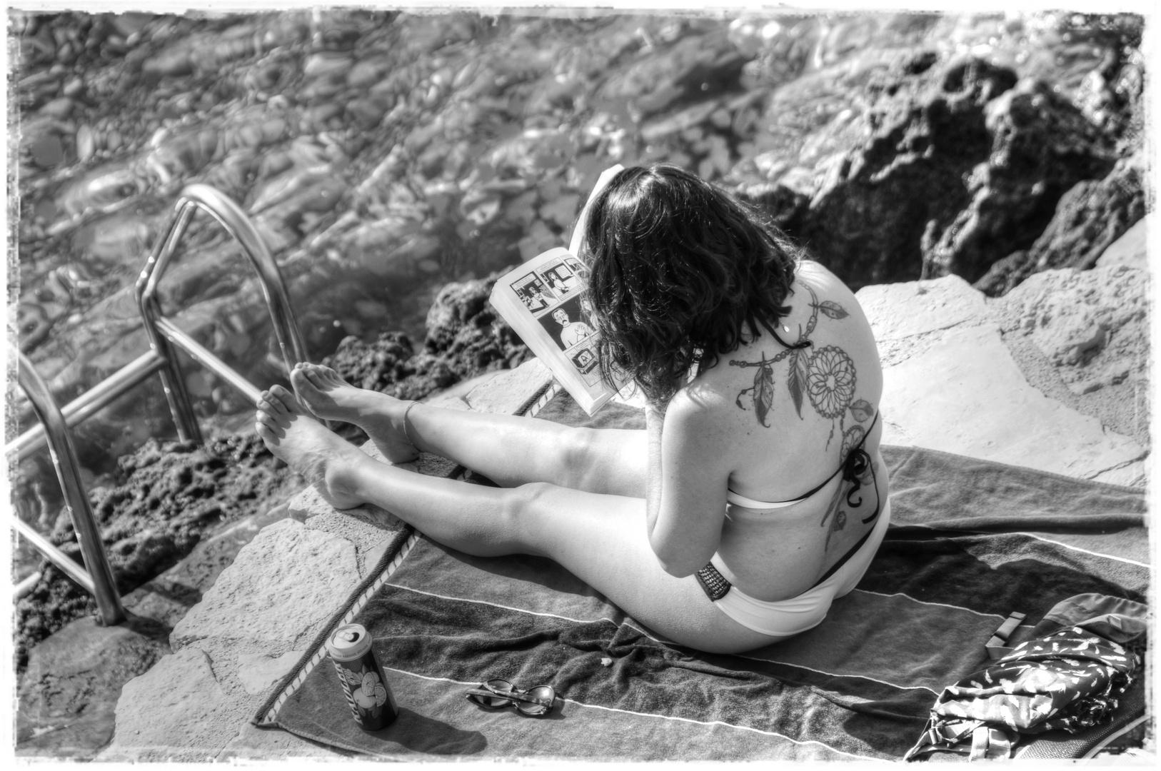 Tattoo e relax in b/n