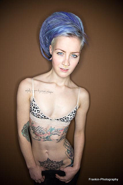 Freches Tattoo Girl durch gebumst
