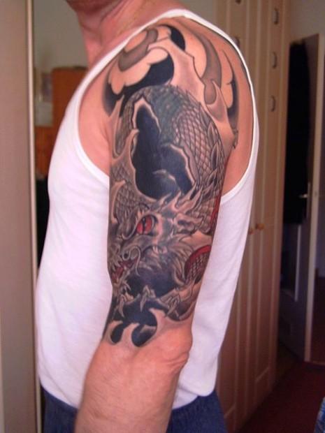 Tattoo linker Arm