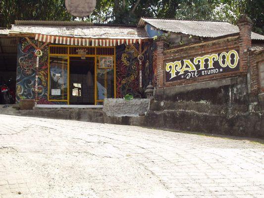 TattooShop im Dschungel