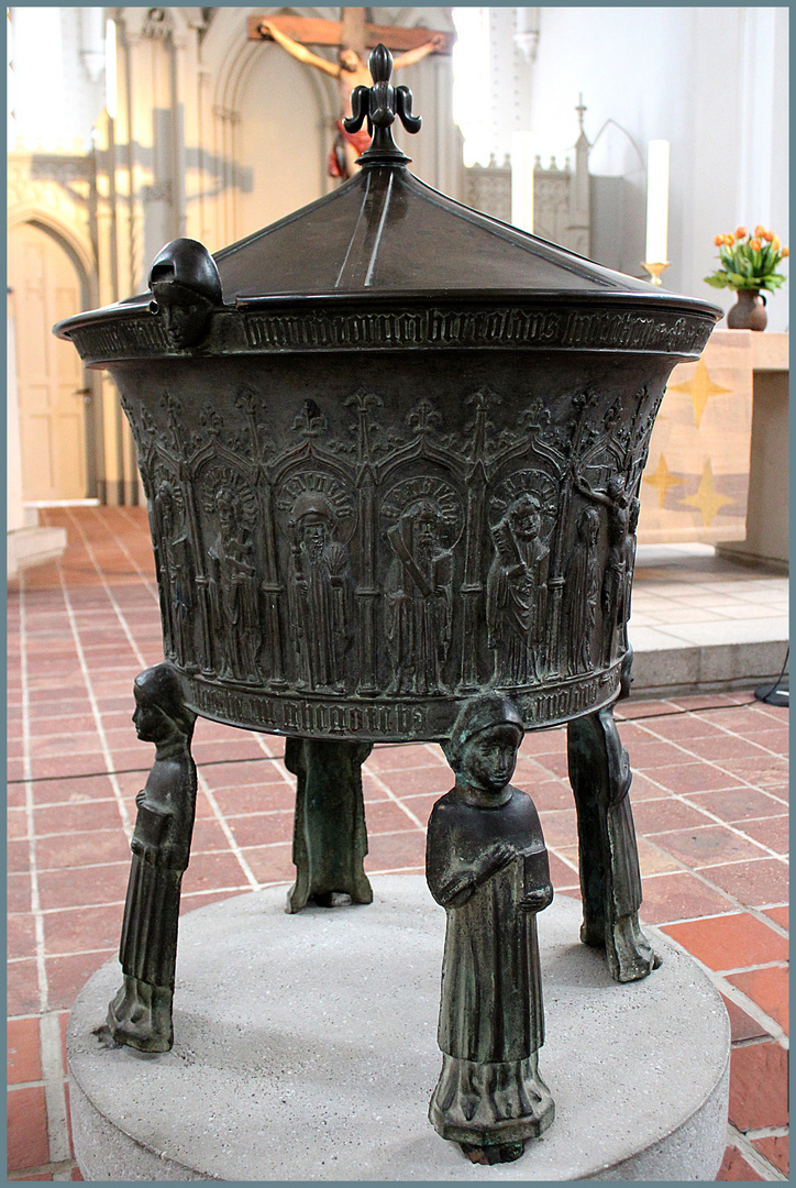 Taufbecken - von 1454