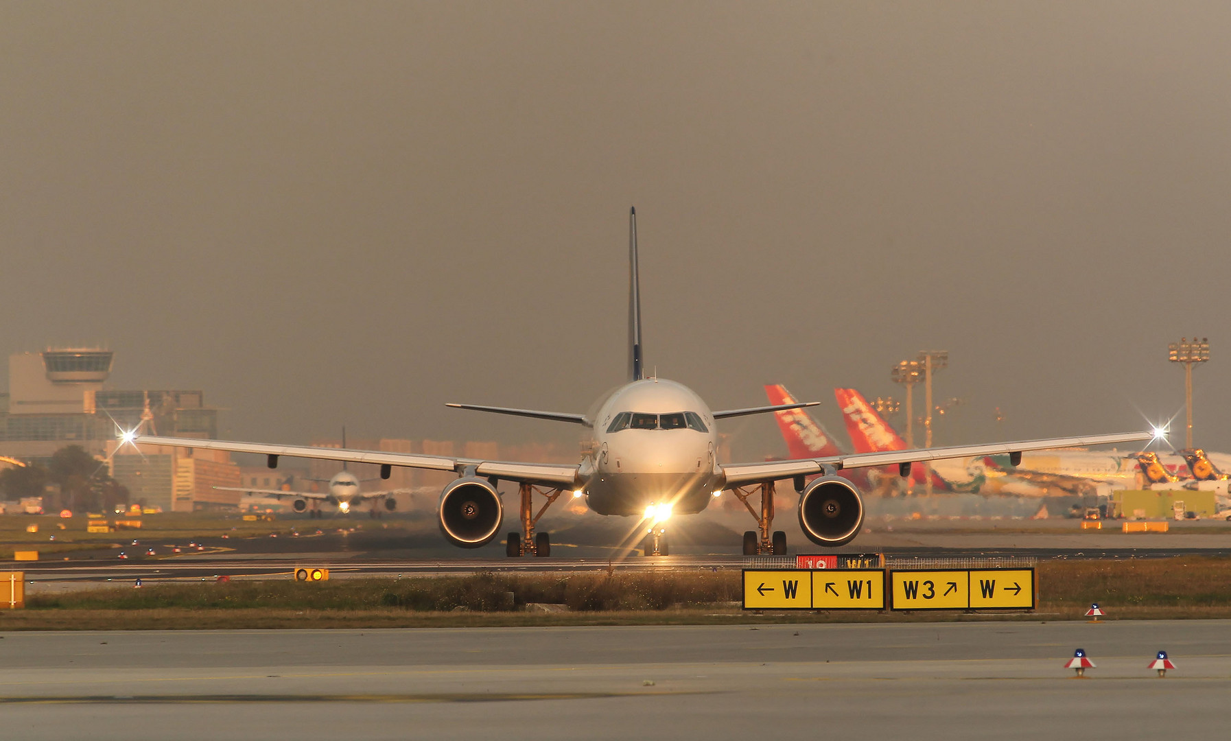 Taxi to RWY 18