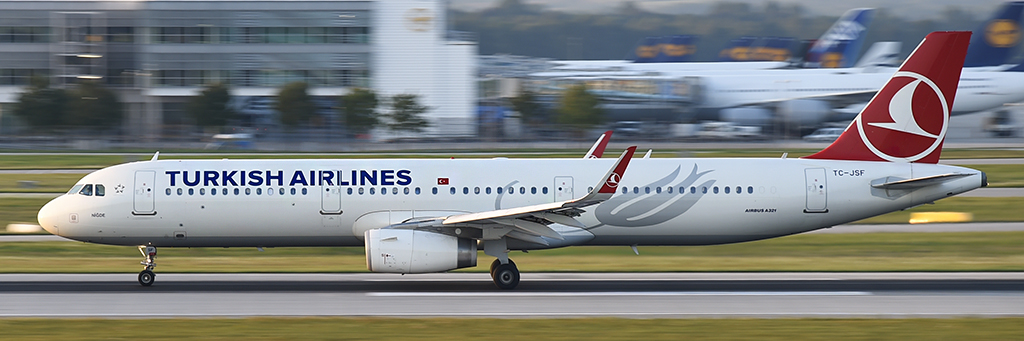 TC-JSF - Turkish Airlines - Airbus A321