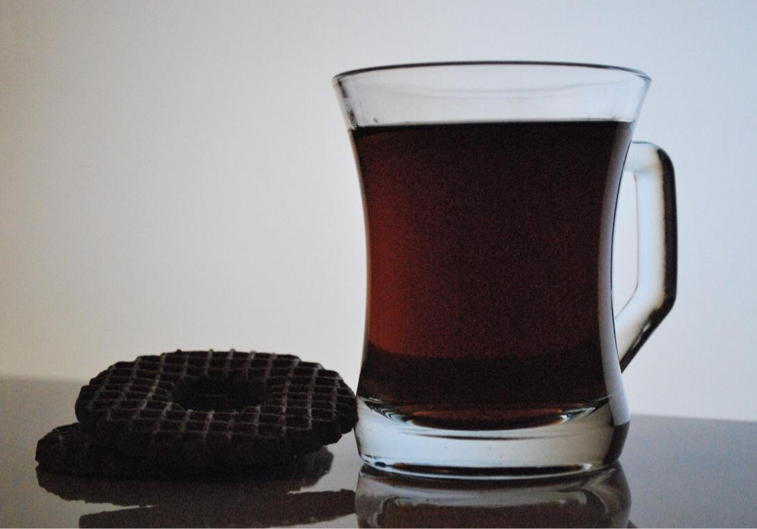 tea & biscuit