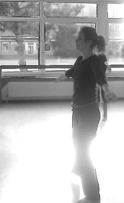 teaching modern dance
