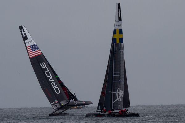 Team Oracle Coutts (USA) und Team Artemis (Schweden)