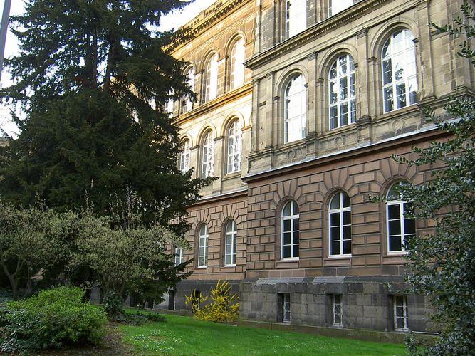 Technische Hochschule Aachen, Hauptgebäude Seitenansicht