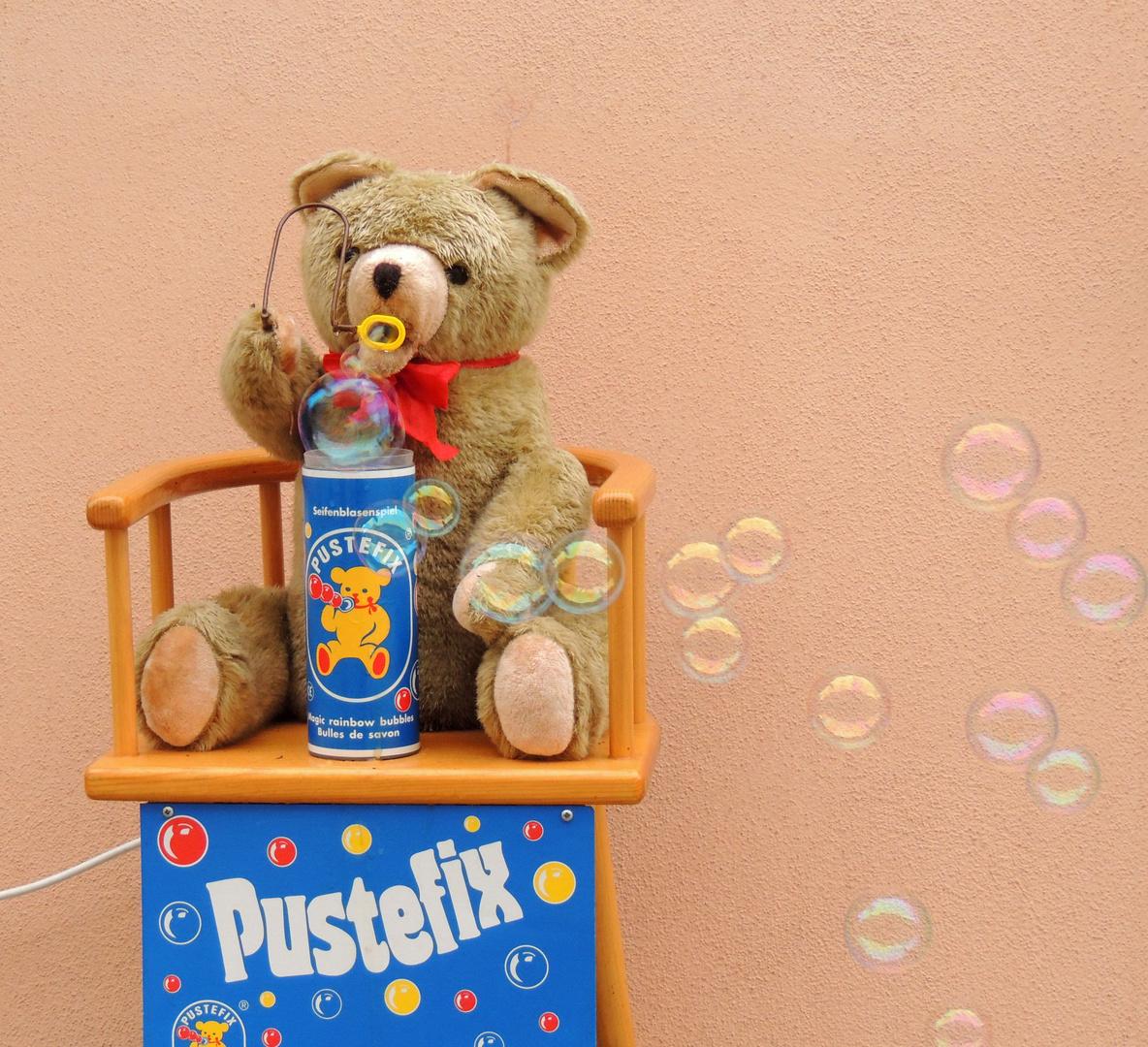 Teddy hat 'nen harten Job !