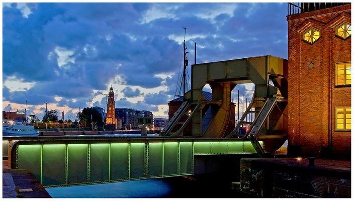 """Teil --19--:Havenwelten Bremerhaven am 15.9.2014 """"Technik Anno 1926/28,  Verbindung zw. Ost & West"""""""