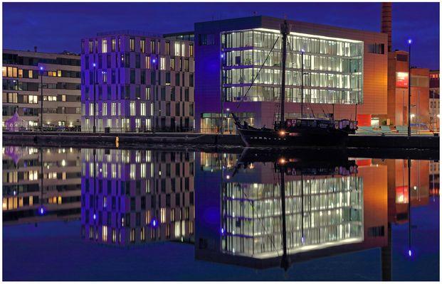"""Teil --28--: Havenwelten Bremerhaven am 26.2.2016 """"Wohnen & Arbeiten am Hafen"""""""