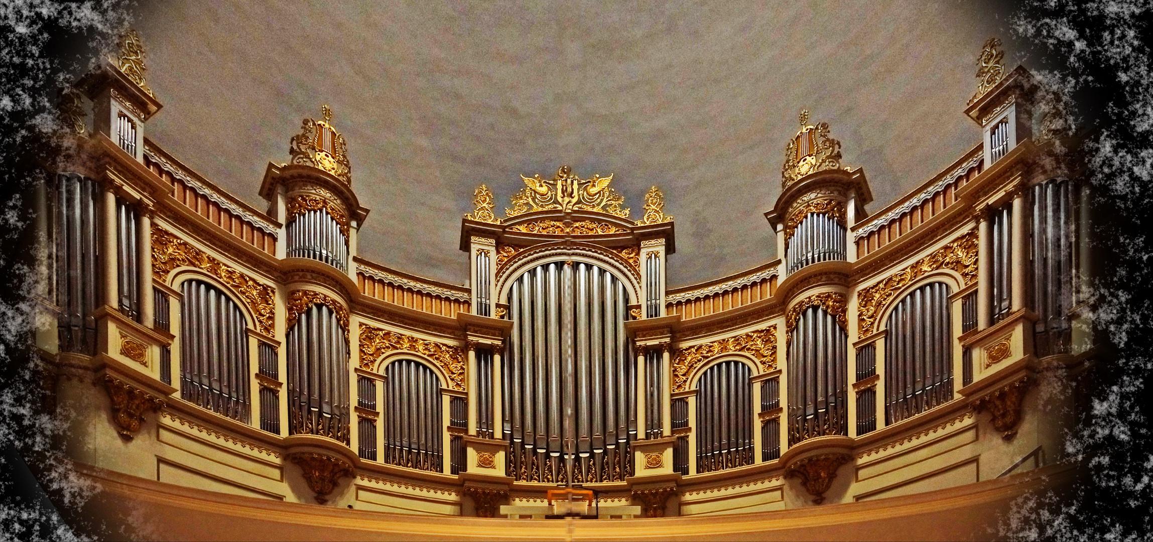 Teilansicht der Orgel im Dom von Helsinki