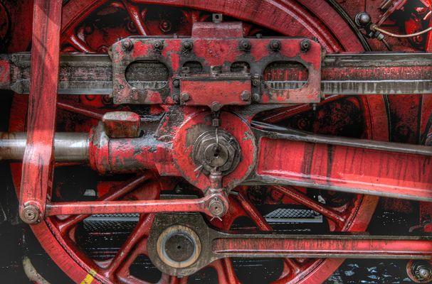 Teilansicht einer Dampflok im BW Gerolstein, 05.04.2010 II