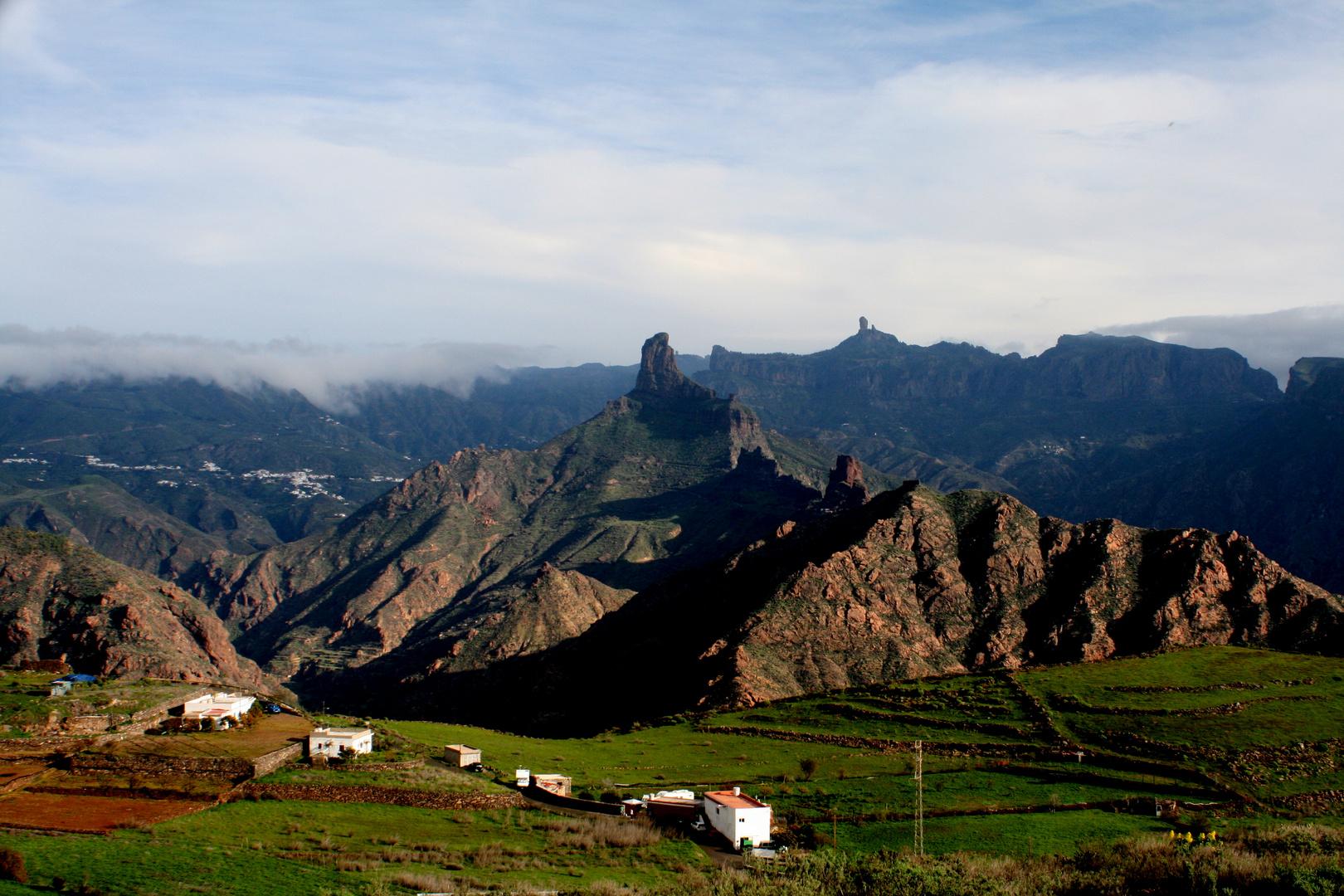 Tejeda, el Roque Nublo y el Roque Bentaiga
