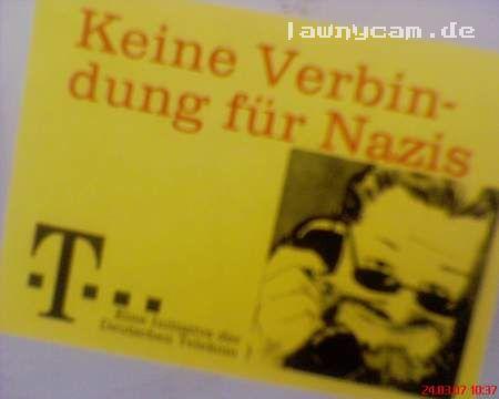 Telefonanbieter will keine Nazis